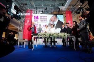 Ümraniye'de 14 Şubat'ta 14 Çift Nikah Sevinci Yaşadı