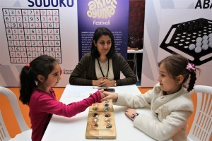Öğrenciler Akıl Oyunları Festivali'nde Kıyasıya Mücadele Etti