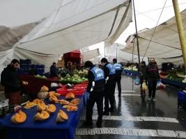 Ümraniye Belediyesi Mahalle Pazarlarında Koronavirüs Tedbirlerini Arttırdı