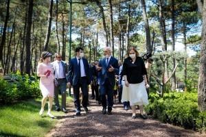 Başkan Yıldırım, Dostlar Bahçesi Projesi İçin Konsoloslarla Buluştu