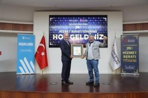 ÇEYREK ASIRLIK ESNAFA HİZMET BERAT'I
