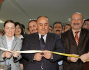 44 Tabloda 'Yaralı Karabağ'ı Anlattılar