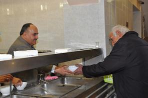 Başkan Can Ihlamurkuyu Cemevi'nde Aşure Dağıttı