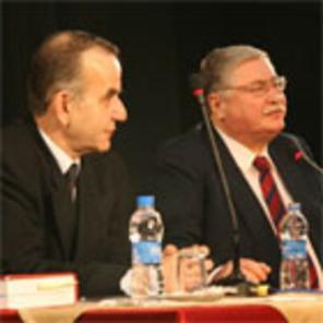 Ümraniye'de İnsan Hakları Masaya Yatırıldı