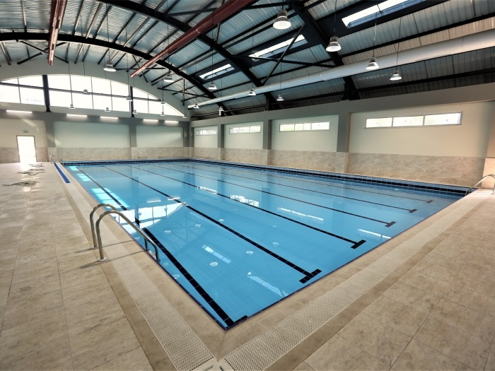 Ümraniye Belediyesi Yüzme Havuzu ve Spor Merkezi